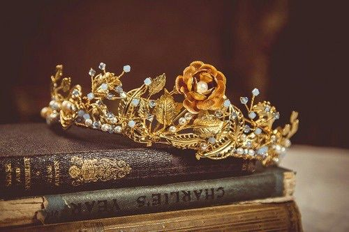crown-on-books