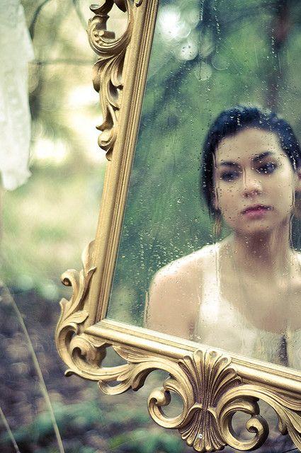 mirror-reflection